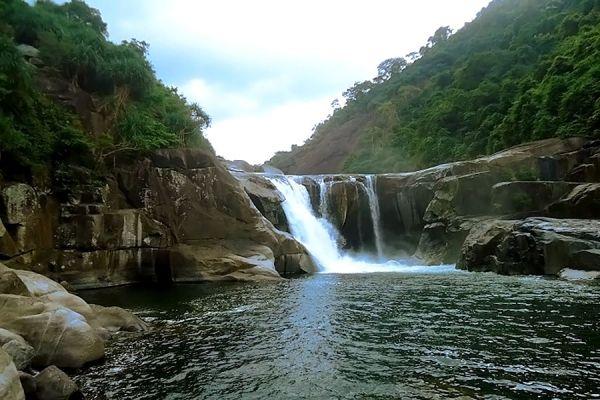 Nét đẹp hoang sơ của vực Phun